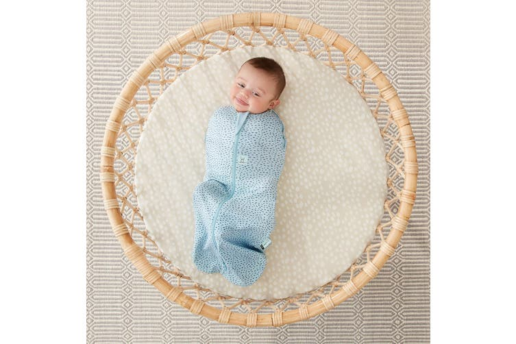Ergopouch Cocoon Swaddle Baby Sleeping Bag Pouch Tales 1 Tog 0-3 M Pebble