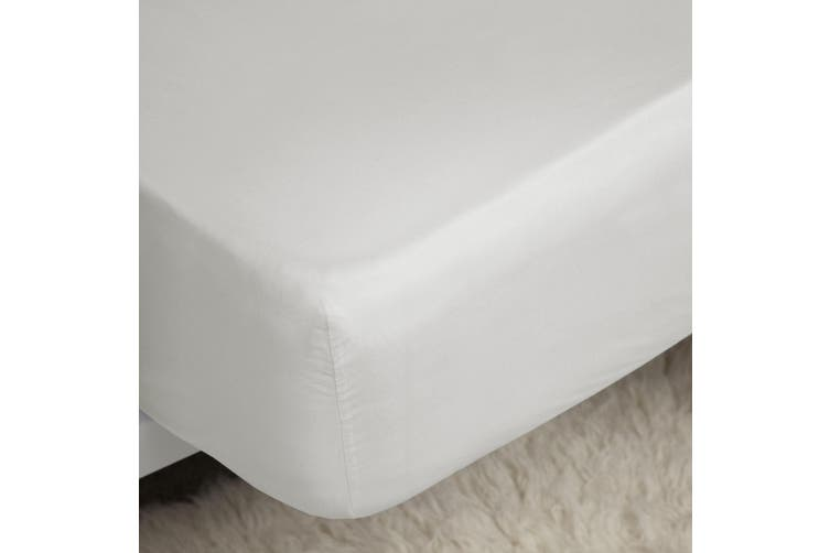 Belledorm 200 Thread Count Egyptian Cotton Fitted Sheet (White) (Superking)