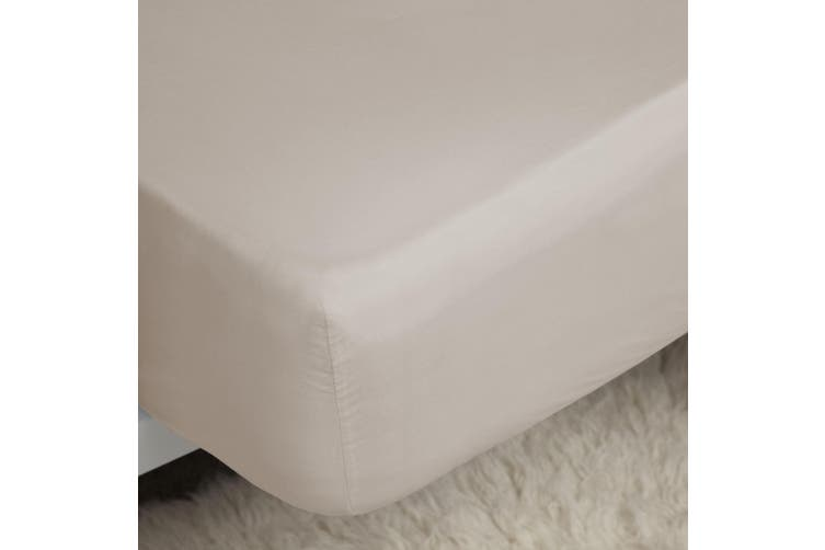 Belledorm 200 Thread Count Egyptian Cotton Deep Fitted Sheet (Oyster) (Superking)