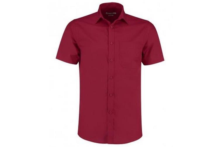 Kustom Kit Mens Short Sleeve Tailored Poplin Shirt (Claret) (16.5)