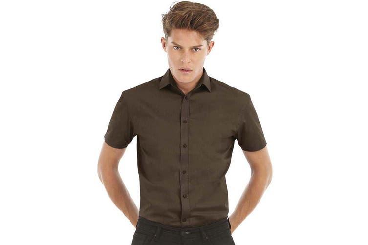 B&C Mens Black Tie Short Sleeve Formal Work Shirt (Luxurious Red) (XL)