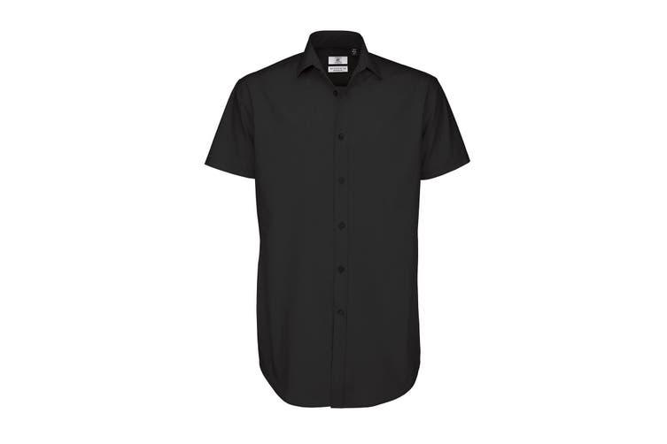 B&C Mens Black Tie Short Sleeve Formal Work Shirt (Black) (4XL)
