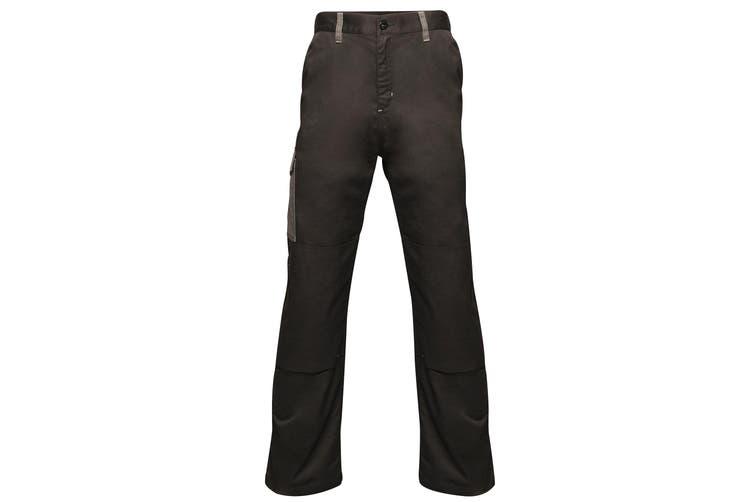 Regatta Mens Contrast Cargo Work Trousers (Black/ Seal Grey) (36S)