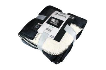 Juventus FC Sherpa Fleece Blanket (Black/White) (One Size)