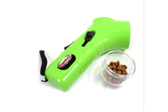 Select Mall Pet Training Food Catapult Dog Feeder Training Appliances Outdoor Interactive Launcher Toy-GREEN