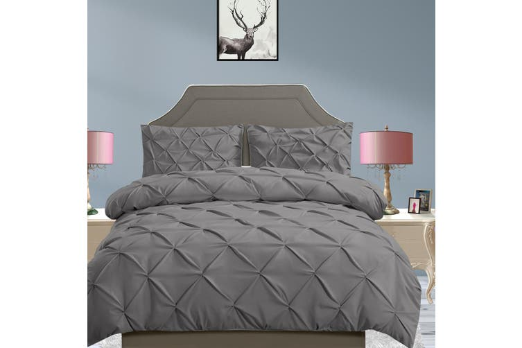 DreamZ Diamond Pintuck Duvet Cover Pillow Case Set in Full Size in Charcoal