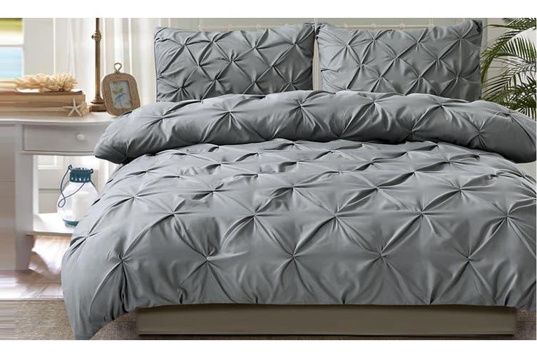 DreamZ Diamond Pintuck Duvet Cover Pillow Case Set in Super King Size Charcoal