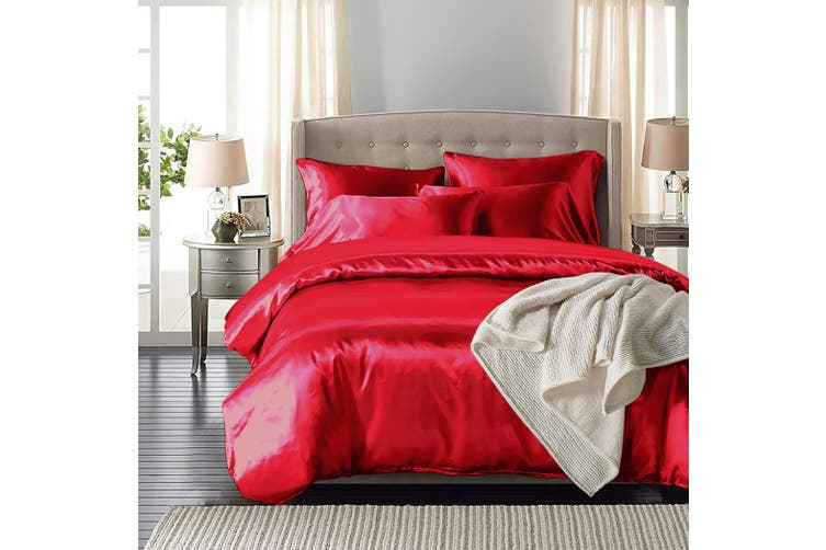 DreamZ Silk Satin Quilt Duvet Cover Set in King Size in Burgundy Colour