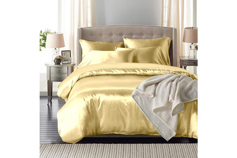 DreamZ Silk Satin Quilt Duvet Cover Set in King Size in Ivory Colour