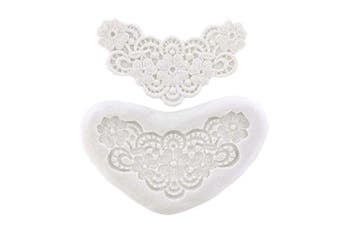 Lace Flowers in Heart Mould by CK