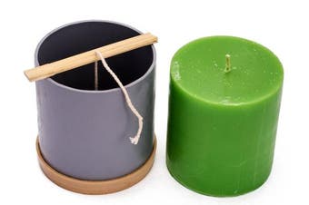 (4) - Candle Shop - Сylinder mould - height: 11cm , width: 9.9cm - 9.1m of wick included as a gift - Plastic candle moulds for making candles
