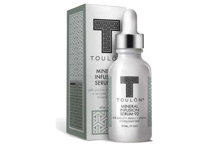 Firming Serum For Face, Neck & Decollete with All Natural Anti-Wrinkle Minerals & Antioxidants like Vitamin E. Reduces Wrinkles & Tightens & Firms Skin