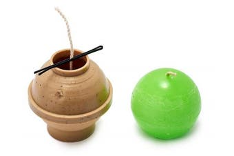 (65) - Ball diameter: 6.4cm - Sphere - 9.1m of wick included as a gift - Plastic candle moulds for making candles