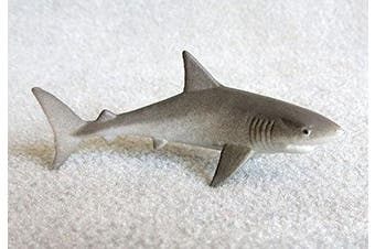 Great White Shark 7.6cm plastic - F224 B36
