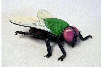 Housefly plastic 10cm long - F2063 B134