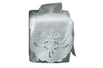 White Linen Tissue Box Cover with Richelieu