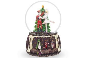 15cm Nutcracker And Ballerina Dancing Around Christmas Tree Musical Snow Globe