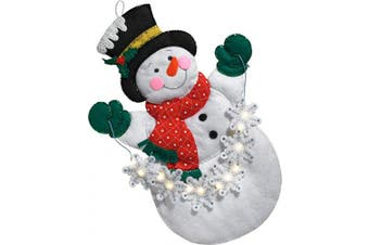 Bucilla 86820 Snowman with Snowflakes Wallhanging Kit