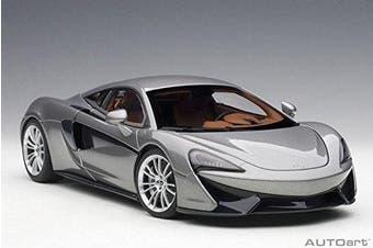 McLaren 570S Blade Silver 1/18 Model Car by Autoart 76043