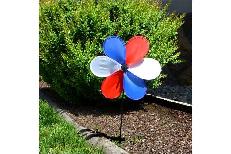 In the Breeze 6-Petal Fabric Patriot Flower Spinner, 30cm