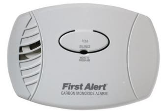 (1 Pack, Plug in Alarm) - First Alert CO600 Plug In Carbon Monoxide Alarm, 120V Ac