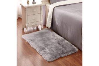 (Grey, 70cm  x 120cm ) - DQMEN Faux Fur Rug White Soft Fluffy Rug Shaggy Rugs Faux Sheepskin Rugs Floor Carpet for Bedrooms Living Room Kids Rooms Decor (Grey, 70cm x 120cm )