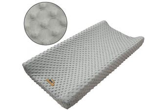BlueSnail Ultra Soft Minky Dot Changing Pad Cover (Grey)