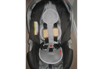"""(Black) - Meeno Babies """"Cool Mee"""" Universal Bucket Seat Liner"""