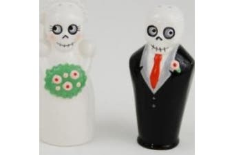 180 Degrees Newlydeads Bride and Groom Salt Pepper Shakers Set Halloween / Wedding / Goth