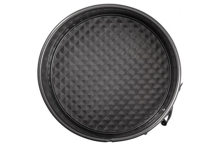 Wilton Excelle Elite Springform Pan, Sturdy Non-Stick and Scratch-Resistant Springform Pan, 15cm