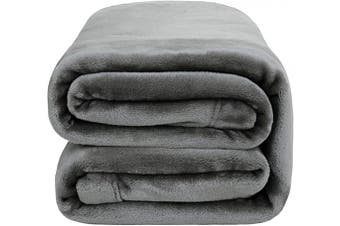 (Twin(150cm  x 200cm ), Grey) - Bedsure Flannel Fleece Blanket 350GSM - Super Soft Warm Thick All Season Blanket for Couch Sofa Bed Travelling - Reversible Plush Bed Blankets, Twin Blanket 150cm x 200cm , Light Grey