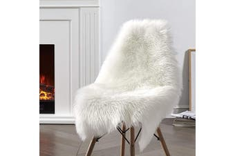(2*3 sheepskin, White) - Ciicool Faux Sheepskin Rugs Soft Faux Fur Rugs White Fluffy Rugs Chair Couch Cover Fuzzy Rugs for Bedroom Floor Sofa Living Room 0.6m x 0.9m
