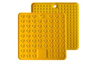 (Yellow) - Emoly Heart-Shaped Silicone Trivet Mats Pot Holders Spoon Rest Coasters Heat Resistant Insulation Pad Kitchen Tool-Yellow
