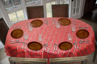 (140cm  x 180cm  Drop, Christmas Plaid - Red) - Covers For The Home Deluxe Stitched Edged Flannel Backed Vinyl Drop Tablecloth - Christmas Plaid (Red) Pattern - 140cm x 180cm - Oval