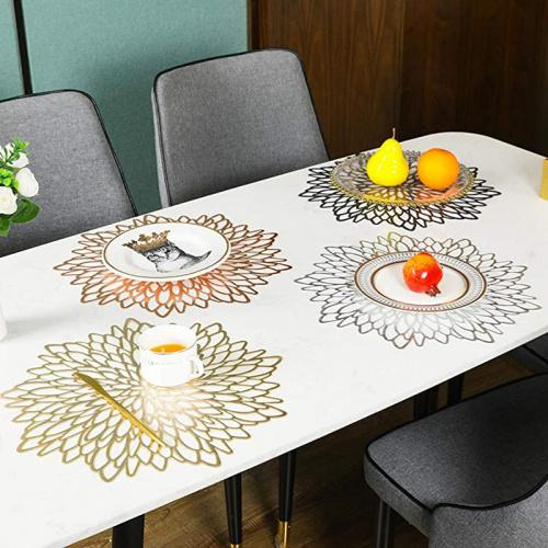 AdasBridal Gold Round Placemats for Dinner Table Set of 6 Metallic Hollow Out Line Circle Table Mats Washable Non-Slip Heat Resistant Vinyl Place Mats for Table Decor Wedding Accent Centerpiece