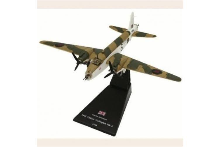 Vickers Wellington diecast 1:144 model
