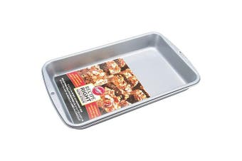 (Shallow) - Wilton Biscuit/Brownie Tin, Recipe Right, Non Stick, 27.9cm x 17.8cm (11in x 7in)