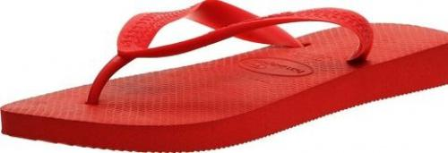 (5-6 UK, Ruby Red) - Havaianas Unisex Top Flip Flops Size: 5-6 UKColour: Ruby Red These Havaianas flip flops have the following features: The Havaianas Flip Flops Top are trendy light white flip flops for kids. Rubber foot sole with a rice grain pattern Rubber foot strap The text 'Havaianas' on the foot strap These flip flops are very comfortable. They are anti-slip and quickdry. Havaianas The brand Havaianas is founded is 1962. The design of the flip flops are inspired by the Zori, Japanese sandals. The rice grain pattern on those sandals are still used on the foot sole of the Havaianas. Flip flops have become part of the modern day culture. Tags: flip flops, flipflops.