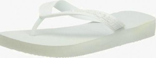 (8-9 UK, White) - Havaianas Women's Top Jandals Size: 8-9 UKColour: White These Havaianas flip flops have the following features: The Havaianas Flip Flops Top are trendy light white flip flops for kids. Rubber foot sole with a rice grain pattern Rubber foot strap The text 'Havaianas' on the foot strap These flip flops are very comfortable. They are anti-slip and quickdry. Havaianas The brand Havaianas is founded is 1962. The design of the flip flops are inspired by the Zori, Japanese sandals. The rice grain pattern on those sandals are still used on the foot sole of the Havaianas. Flip flops have become part of the modern day culture. Tags: flip flops, flipflops.