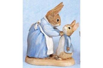 Beatrix Potter Miniature Figurine - Mrs Rabbit and Peter (271780)