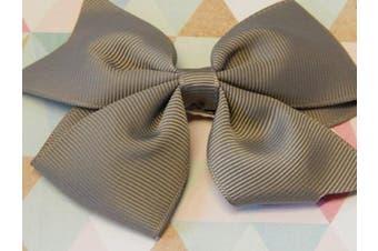 (Silver) - BOOLAVARD 8.9cm high quality grosgrain ribbon hair bows,children hair accessories,baby hairbows girl hair bows WITH CLIP (Silver)