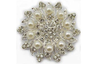 NEW stunning 6.1cm SILVER Colour FLOWER BROOCH with FAUX PEARLS and DIAMANTE RHINESTONE CRYSTALS BRIDAL PARTY WEDDING BROACH
