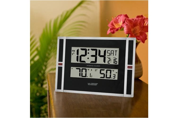 La Crosse Technology Clocks 28cm . Wwvb Digital Clock with Temperature 513-149
