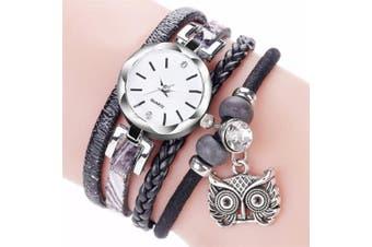 Ladies Small Dial Circle Owl Pendant Bracelet Watch(Black)