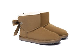 AS UGG Mini Boots Irene with Bailey Bow Chestnut