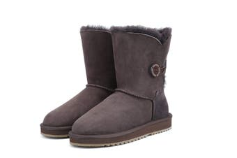 UGG Express Selected Fashion Short Button UGG Boots Chocolate / AU Ladies 13 / AU Men 11 / EU 44