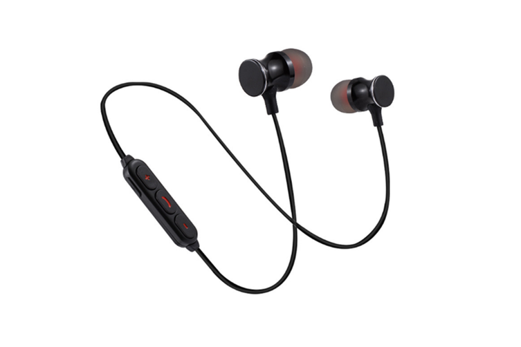 Magnetic Wireless Earbuds With Build-In Microphone Black